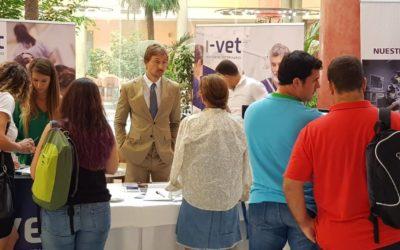 Jorge Llinás imparte diversas charlas sobre braquicefálicos en el III Congreso Veterinario del Sur